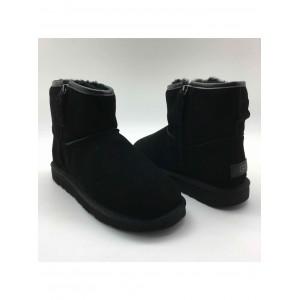 UGG Mini Zip Man Black